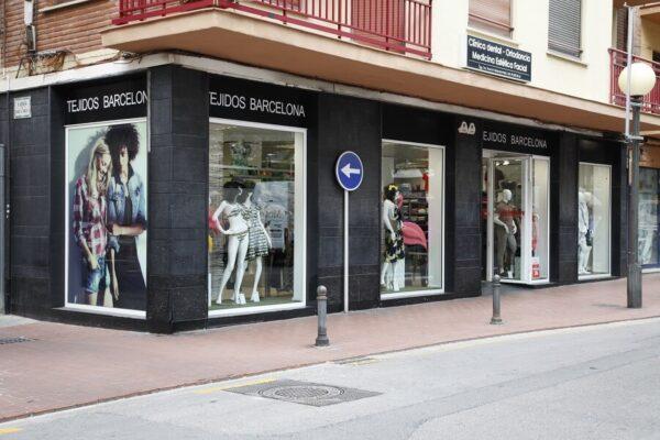 Tejidos Barcelona Fachada tienda Oliva